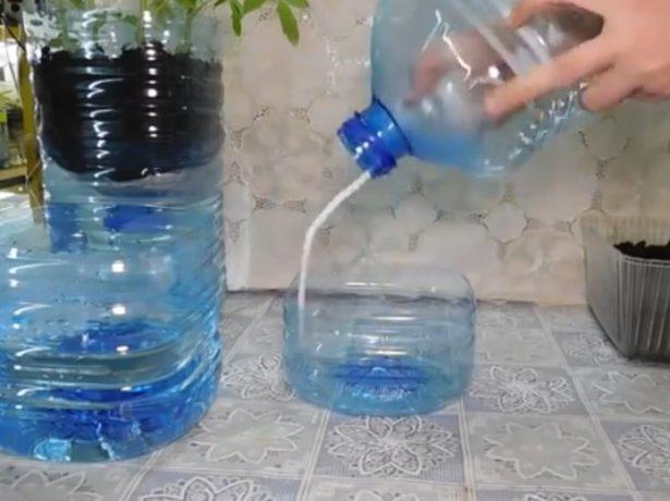Закрепление двух половинок бутылей